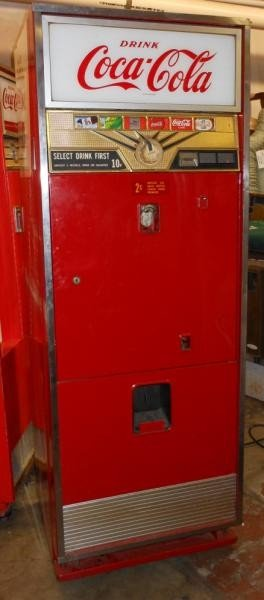 4365 coca cola vending machine lot 4365. Black Bedroom Furniture Sets. Home Design Ideas