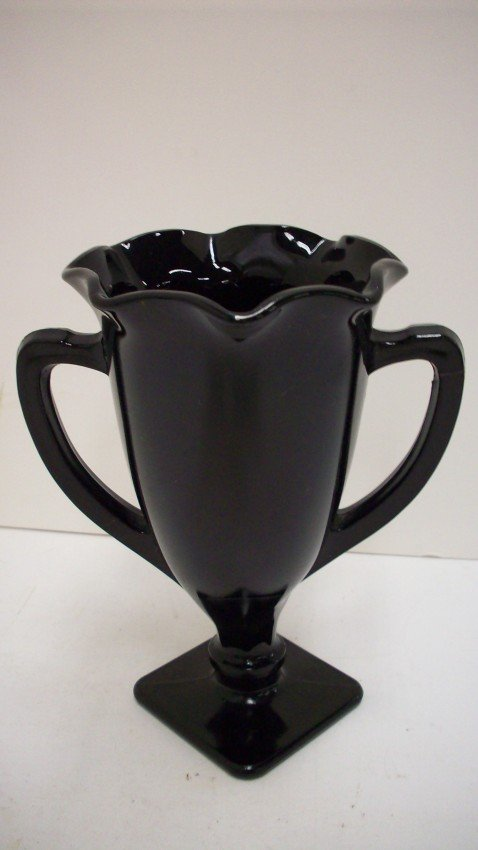 Black Amethyst Vase, 6 inches,Scalloped edge from beascollectibles