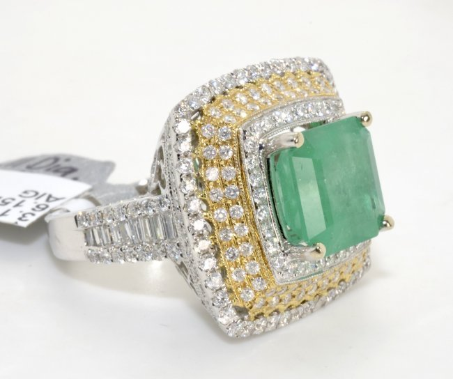 emerald ring appraised value 24 065 lot 86