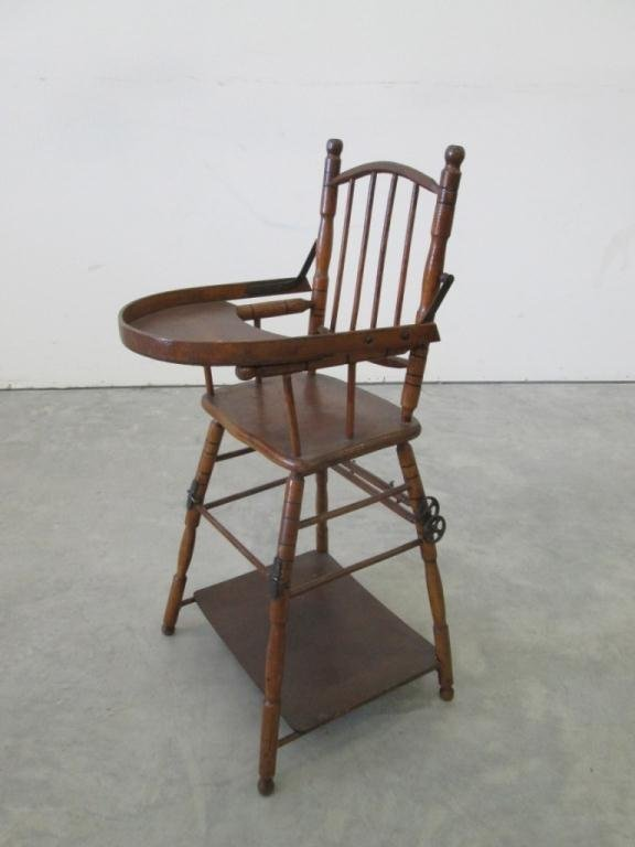 ANTIQUE CHILD S HIGH CHAIR & FOLDING PLAY TABLE Lot 44