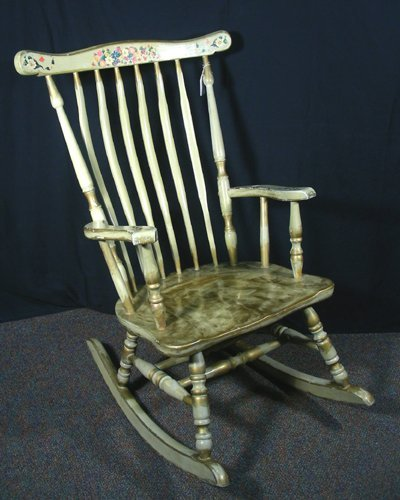 OLD HAND PAINTED ROCKING CHAIR : Lot 17