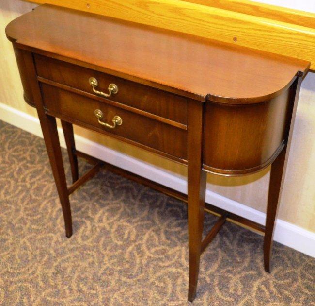 81QQQ: Antique Mahogany Imperial Foyer Table : Lot 81QQQ