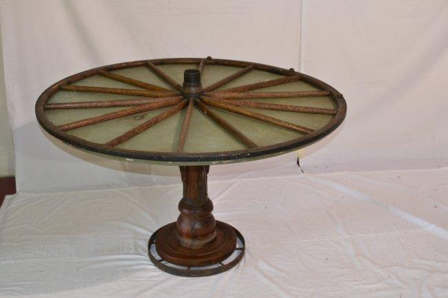 407 antique wagon wheel table no glass 44 quot x 27