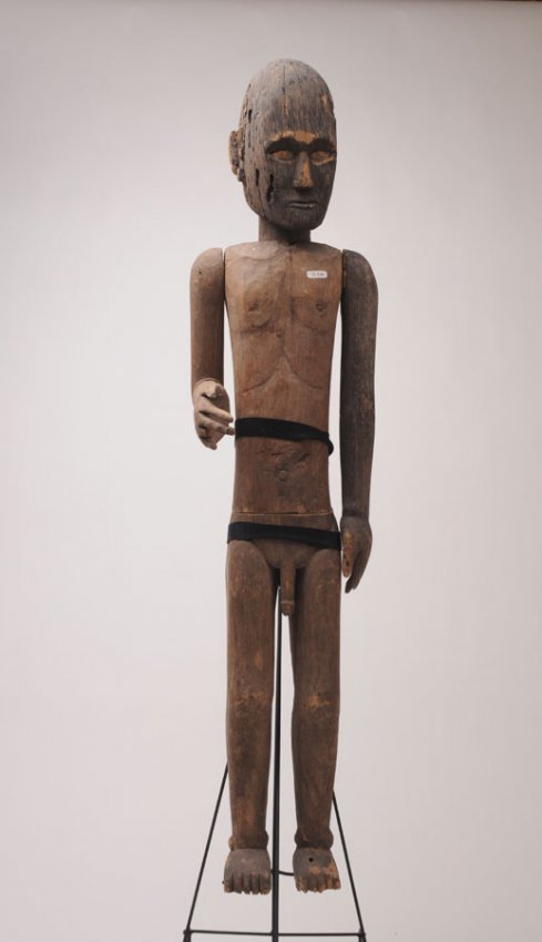 143 indonesia wooden statue with articulated arms repr for O sole mio mesa y lopez