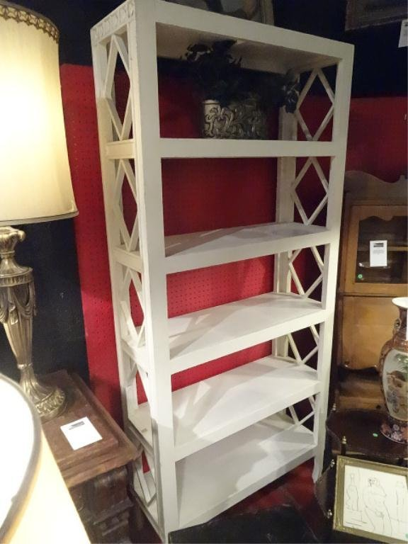 White Finish Wood Bookcase Etagere Approx 7 X 3 5