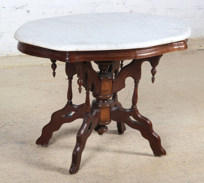 Victorian Style Marble Coffee Table: Victorian Style Marble Top Side/Coffee Table : Lot 255