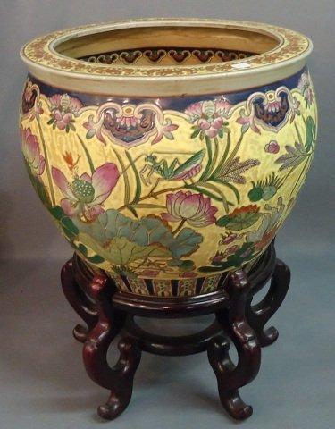 24 decorative oriental export porcelain fish bowl lot 24 for Decorative fish bowls