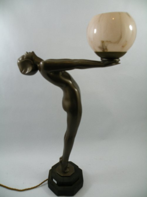 417 large art deco style standing lady lamp possibly for Art deco lady floor lamp
