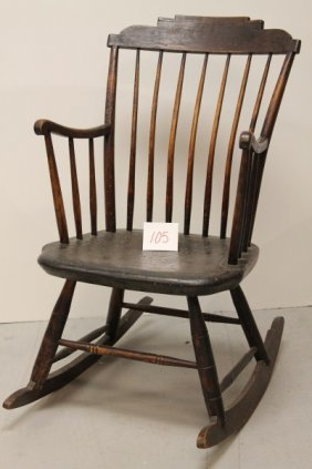 105 Early 1800s Small Size Windsor Rocking Chair Lot 105