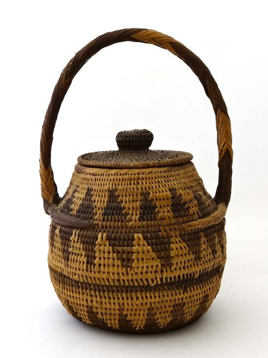 native tribal an african woven basket with lid and lot 772. Black Bedroom Furniture Sets. Home Design Ideas