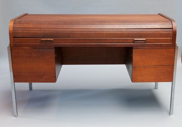 179 Modern Roll Top Desk With Chrome Accents Lot 179