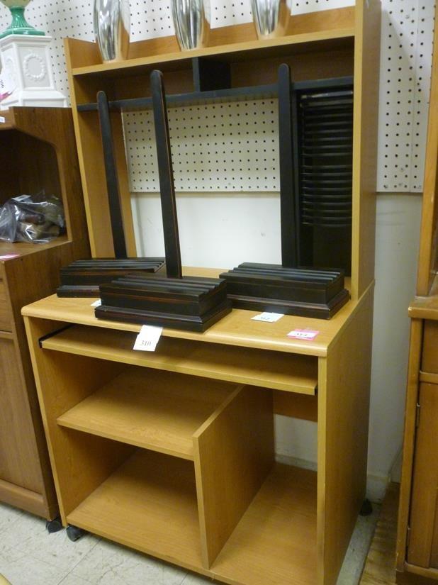 portable computer desk with built in cd holders lot 314. Black Bedroom Furniture Sets. Home Design Ideas