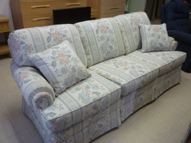 Sofa Floral White Blue And Pink Pattern Very Good