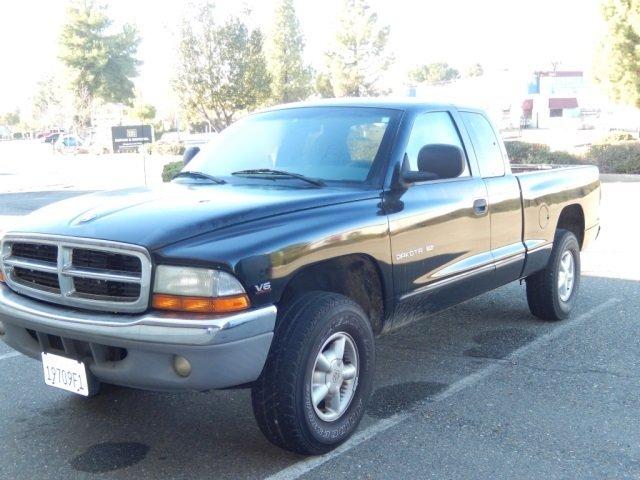 97 U0026 39  Dodge Dakota Pickup Slt    V6 Magum  150 745 Miles