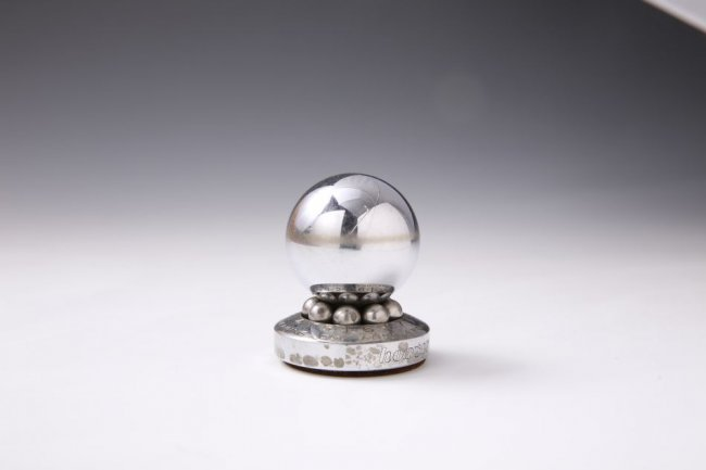 Roulette paperweight