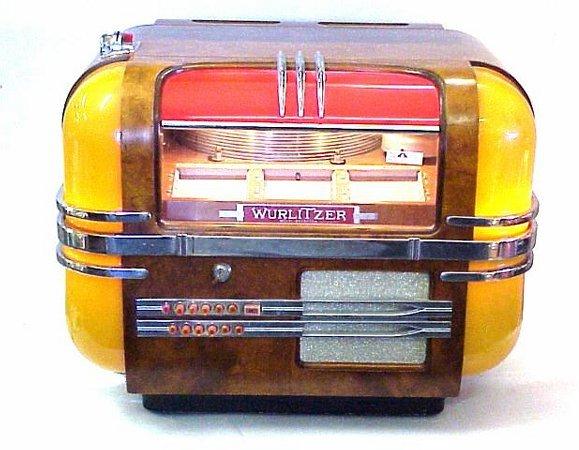 571: Wurlitzer Model 41 Countertop Jukebox in : Lot 571