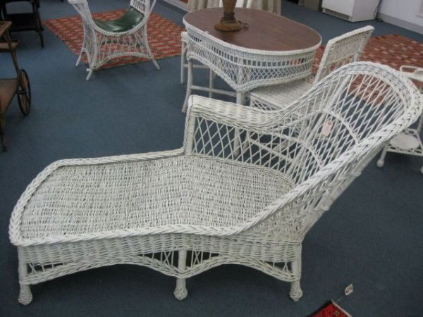 205 antique wicker chaise lounge 68 long lot 205 for Antique wicker chaise lounge