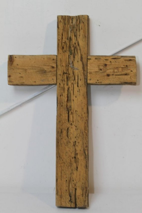 15 Antique Wooden Cross Lot 15