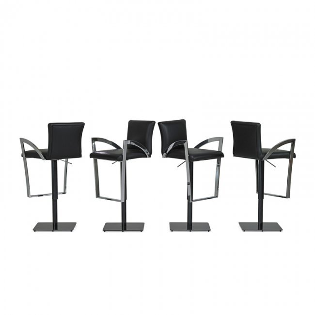 Elite Manufacturing Corp Set Of Four Bar Stools Lot 828