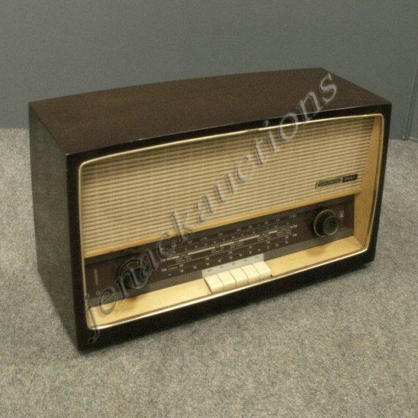 Vintage Shortwave Radios 12