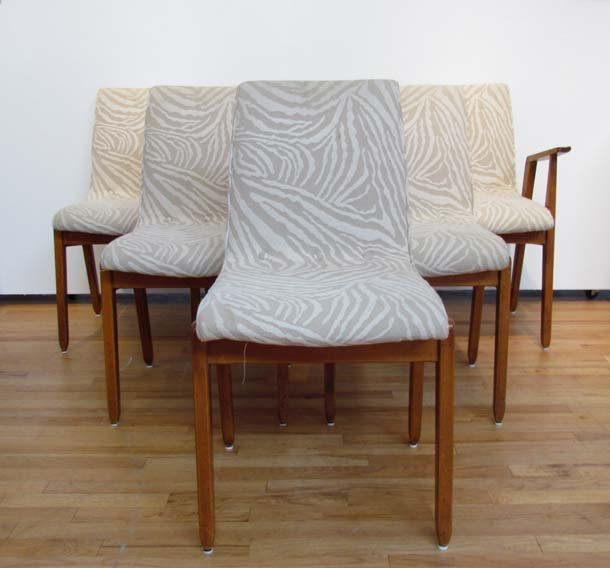6 neutral colored print upholstered dining chairs lot 310 for Printed upholstered dining chairs