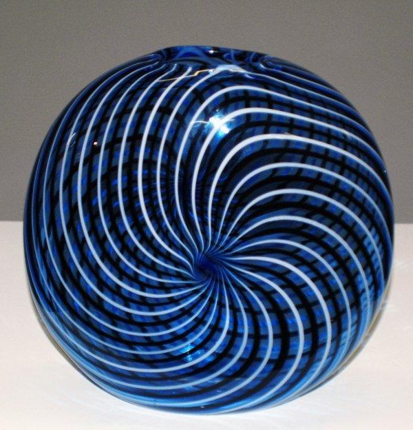 38 Seguso Viro Glass Vase Lot 38