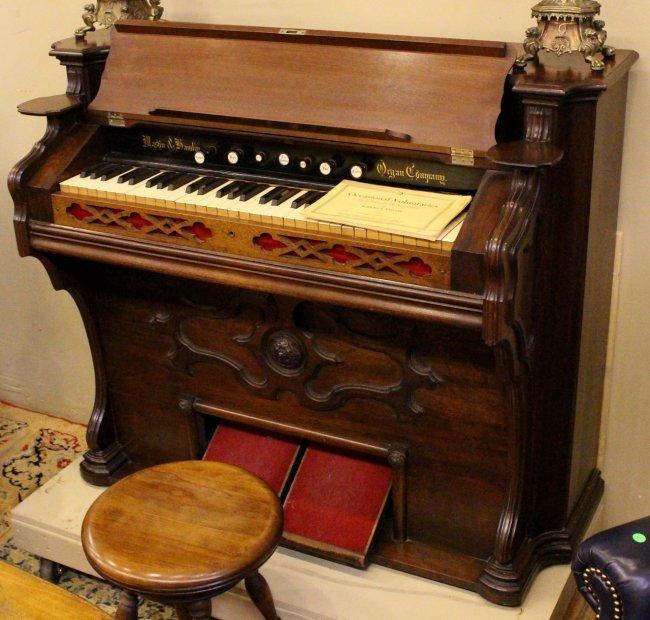 Mason Amp Hamlin Pump Organ With Stool Lot 379a