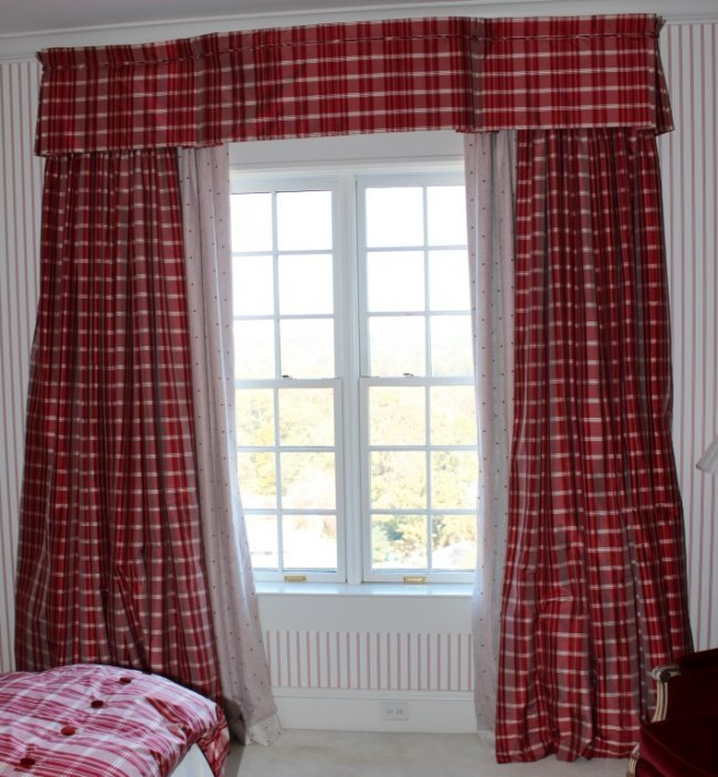 custom red plaid stripe with star motif curtains lot 168a