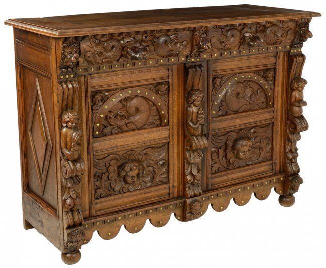 An italian baroque revival style oak buffet with carved lot 133 - Buffet style baroque ...