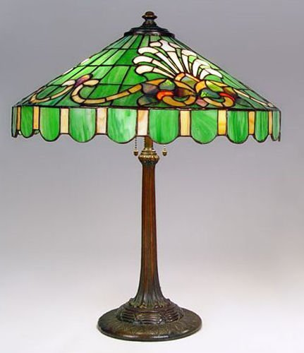wilkinson fleur de lis lamp lot 9. Black Bedroom Furniture Sets. Home Design Ideas