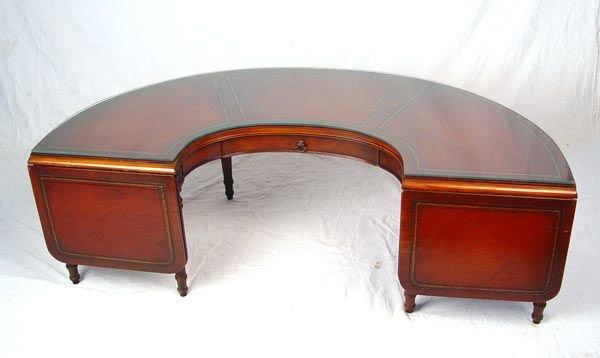 268 MAHOGANY HALF MOON COFFEE TABLE Lot 268