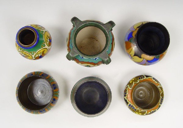 Flora Gouda Holland Daisy Pottery Vase For Sale | Antiques.com