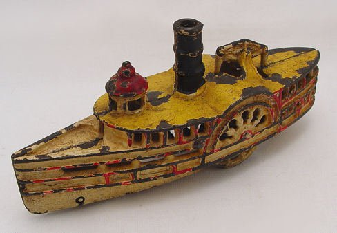 333: CAST IRON TOY STEAM PADDLE RIVER BOAT : Lot 333