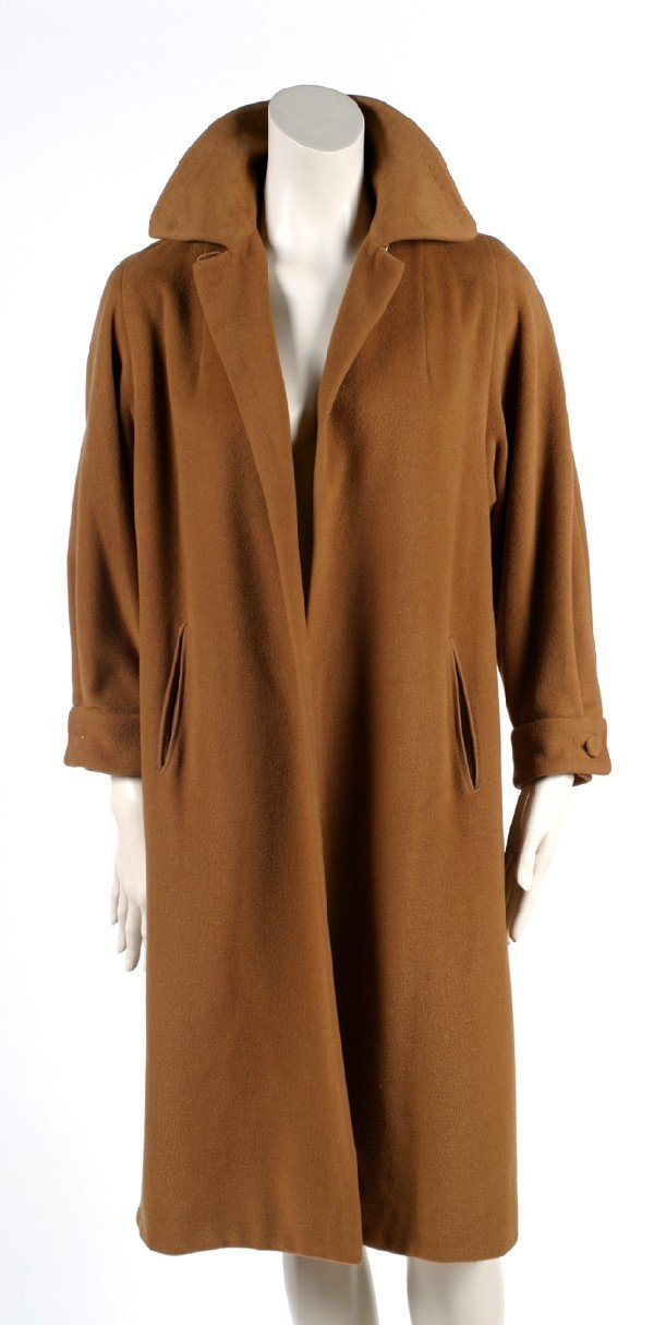 422: Vicuna Swing Coat : Lot 422