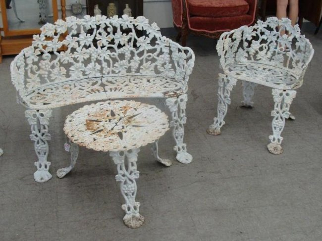4pcs antique cast iron garden furniture includes benc Cast iron garden furniture