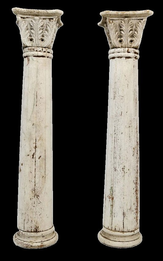 257 Large American Architectural Wood Columns Lot 257