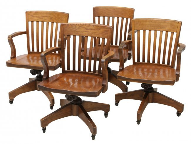 4 ANTIQUE AMERICAN OAK SWIVEL DESK CHAIRS Lot 297 : 175945011l <strong>Oak Bankers</strong> Desk Chair from liveauctioneers.com size 650 x 491 jpeg 56kB