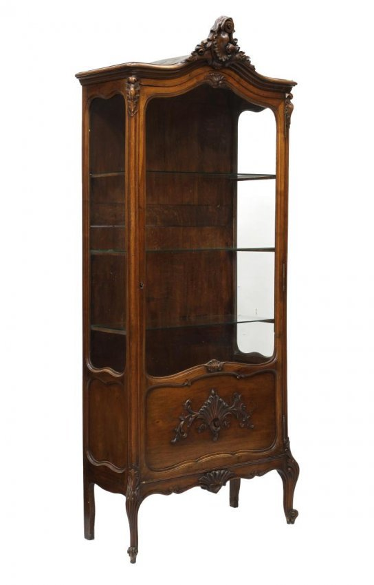french louis xv style vitrine lot 582. Black Bedroom Furniture Sets. Home Design Ideas