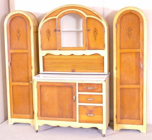 Art Deco Kitchen Dresser: 301 Moved Permanently