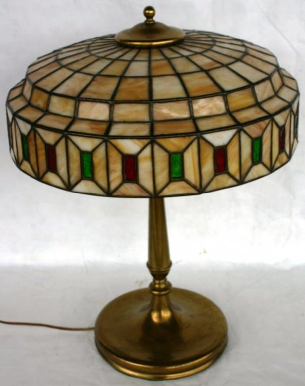 347 arts crafts style leaded glass table lamp attrib. Black Bedroom Furniture Sets. Home Design Ideas