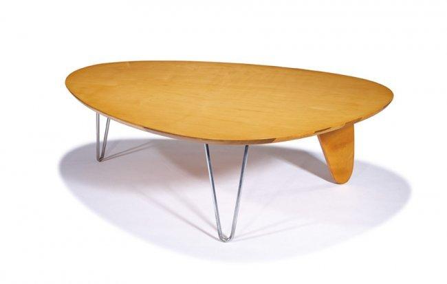 Isamu Noguchi Rudder Coffee Table Lot 564