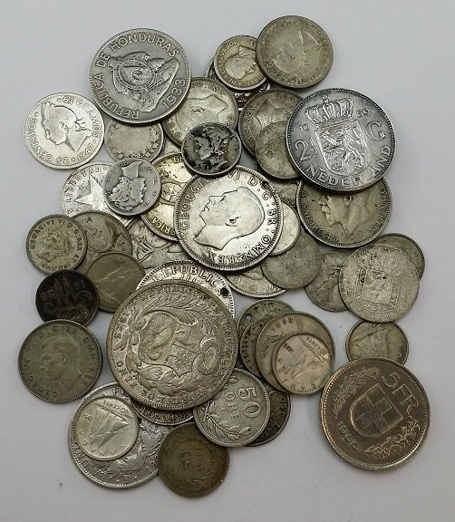 Lot of Foreign Silver Coins : Lot 120