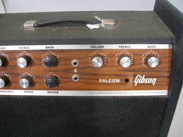 1061 Vintage Gibson Falcon Amplifier Lot 1061