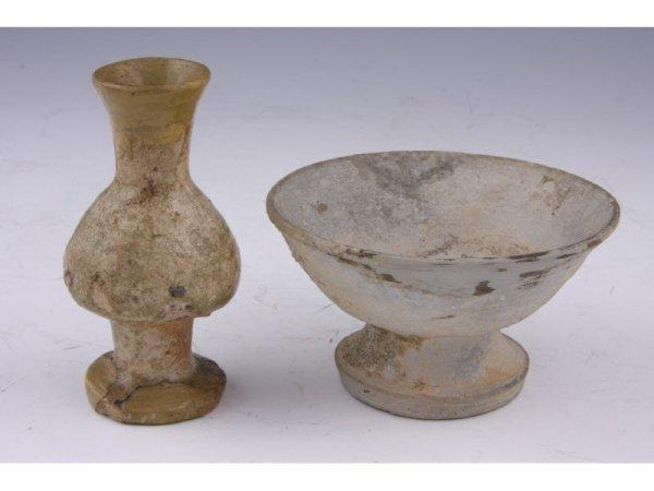1543 Two Ancient Japanese Ceramics Lot 1543