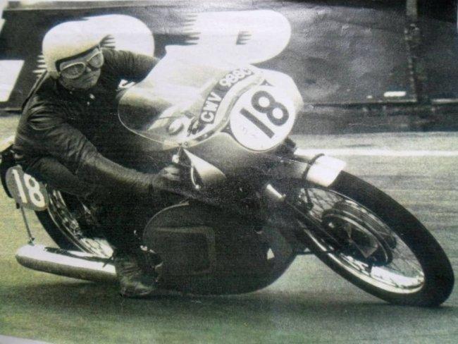 1965 Triumph Thruxton Bonneville Lot 316