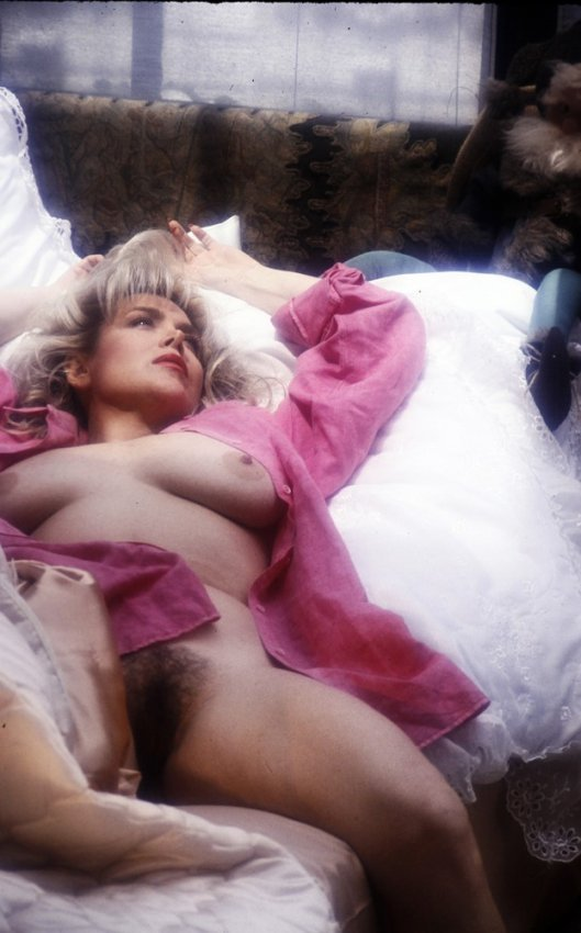 Pink stockings squirting sex