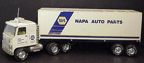 Napa Tractor Parts : Nylint napa auto parts semi tractor trailer lot