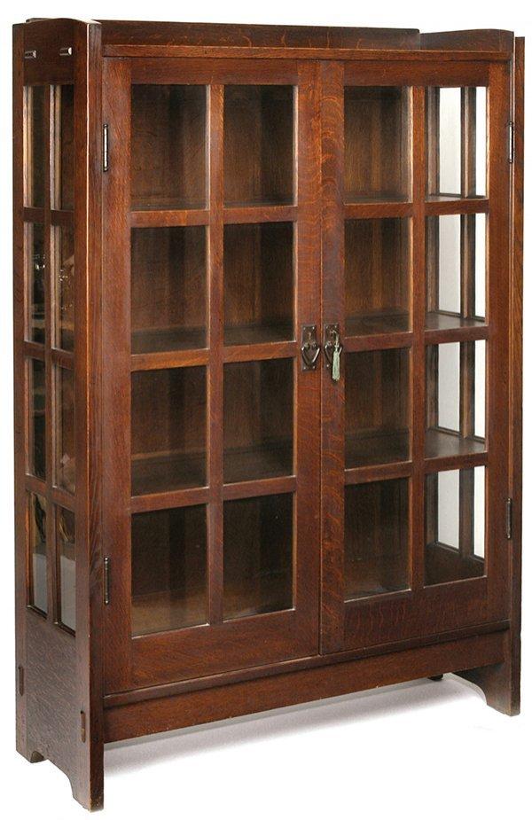 186 Gustav Stickley China Cabinet 815 Lot 186