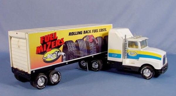 Toy Semi Trucks And Trailers : Advertising toy semi trucks and trailers lot