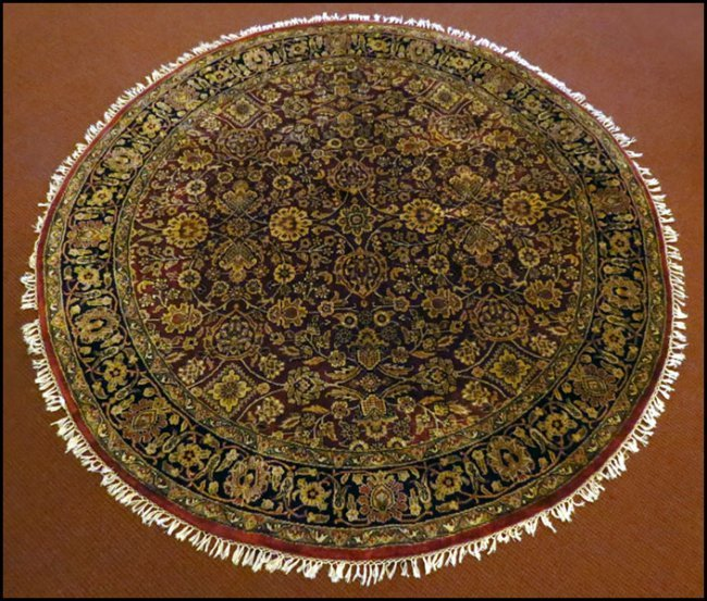 Round Wool Persian Rug: 1105010: ROUND PERSIAN WOOL RUG. : Lot 1105010